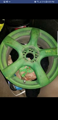 green 5-spoke car wheel Edmonton, T6J 0T8