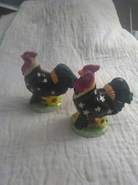 Patriotic Rooster Salt and Pepper Shakers $5 Fairfax, 22032