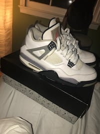 pair of white Air Jordan 4's with box Springfield, 22153