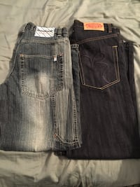 32 x 32 men's. Brooklyn Express jeans and south pole jeans
