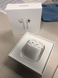 NEW Apple AirPods San Diego, 92101