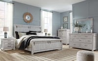 Brand new solid wood queen bedroom set no credit check financing  Roslyn Heights, 11577