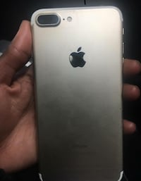 iPhone 7 Plus (gold) New York, 11216