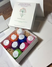 120g Bath Bomb Spa gift set (8 bombs in the set).