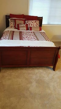 Brand New Full Size Cherry Bed + Mattress  College Park, 20740