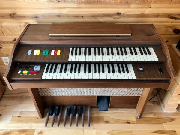 Organ For Sale >> Hammond Cadette Organ