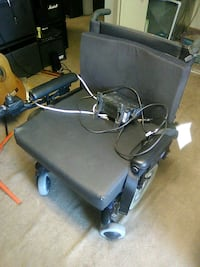 Electric wheelchair extra wide extra heavy duty Kennewick, 99337