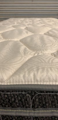 New Queen Pillowtop Mattress Ocala, 34470
