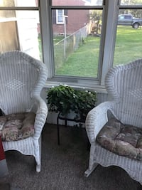Set of wicker rocking chairs Dearborn, 48124