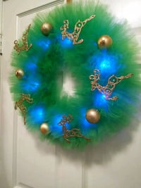 blue, green, and  gold Christmas wreath 43 km