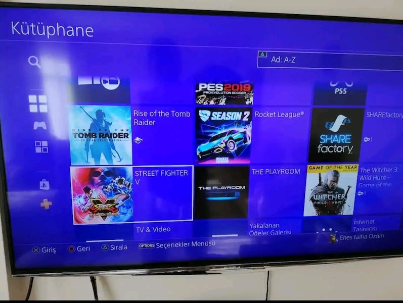 PlayStation 4 8fbec50f-d16b-43c9-b654-2840e443934c