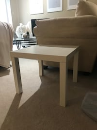 Ikea small table  Brampton, L6S 3Y3