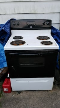 Electric Stove. Pick up only.