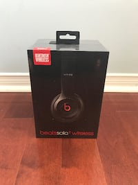 Black beats by dr.dre beats solo wireless headphones box