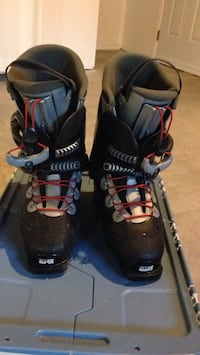pair of black-and-gray snowboard boots Bécancour, G9H