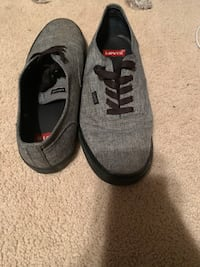Pair of gray-and-black Levi's  San Diego, 92154