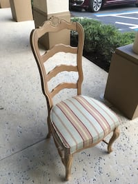 Side Chair (Delivery Available ) Bonita Springs, 34135