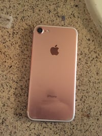 Rose gold iPhone 7 Beltsville, 20705