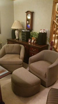 Barrell  Chairs with Ottoman North Royalton, 44133