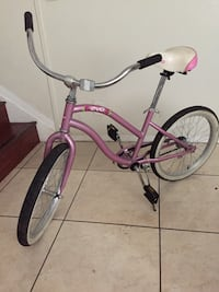pink and white cruiser bike Hollywood, 33021