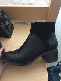 Women's Ankle boots Vancouver, V6T
