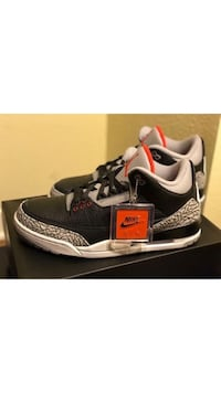 unpaired black and gray Air Jordan 3 shoe with box Columbus, 43219