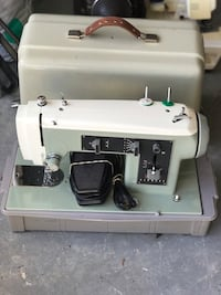 Sears kenmore sewing machine works great  Brooksville, 34614