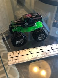 Hot Wheels Monster Jam Grave Digger 1:64 Scale.