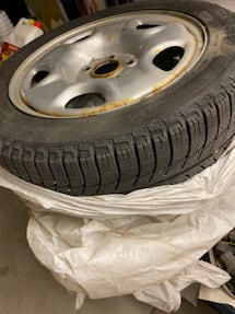 Acura ilx 4 wintle tire+rim $400