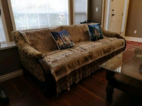 a set of couch 2pcs for 200