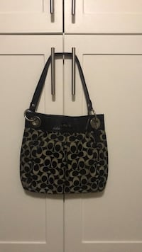 Black and gray signature coach leather tote bag Carlsbad, 92010