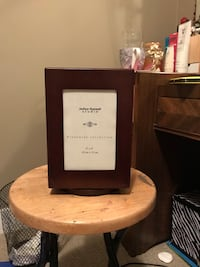 Swiveling picture frame/photo book Edmonton, T6T 0E8