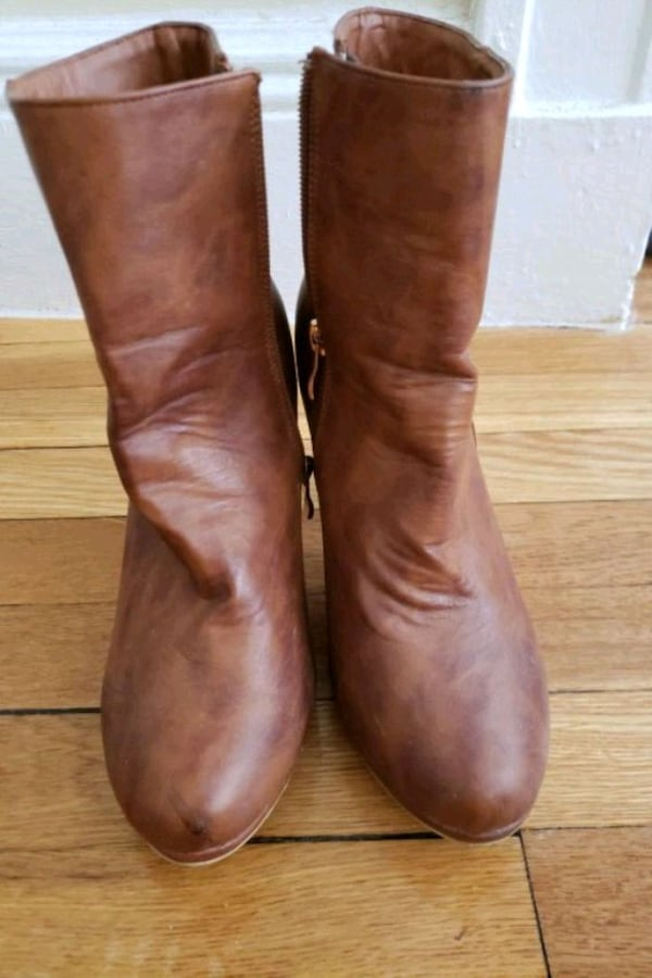 tan brown boots bac7e32b-f7e7-4aba-a7e1-916db89cb947