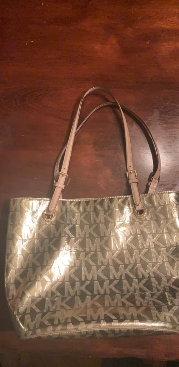 5300bf3f2f24 Used Michael Kors Gold tote for sale in Middletown - letgo
