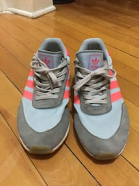 Adidas iniki shoes size 9