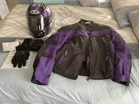 Motorcycle Gear Size Medium for Female almost like new.
