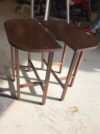 Cute matching wood end tables  Gambrills, 21054