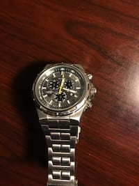 round silver-colored chronograph watch with link bracelet Wichita, 67214