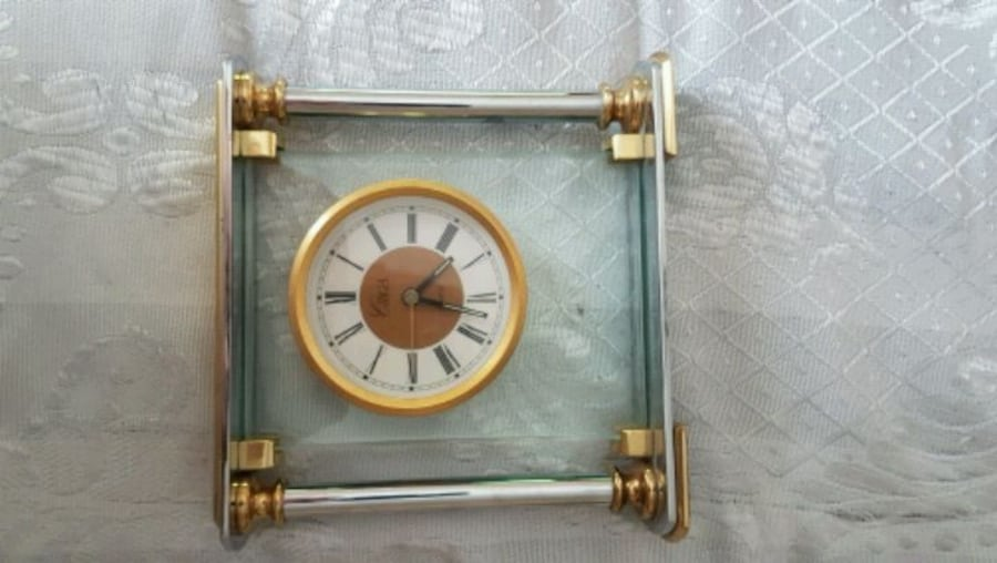 !! SPRING BREAK SPECIAL!! VINTAGE CLOCKS GREAT ADDITIONS TO YOUR HOME  f60df7b4-faff-4ca3-9e7c-5d8890e27716