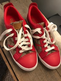 Coach shoes Langley, V3A 3N4