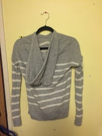 size xs sweater with hood Calgary, T2A 6R8