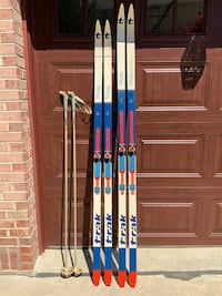 TRAK Trail t•1000 cross-country skis w/Salomon bindings - never used Canonsburg, 15317