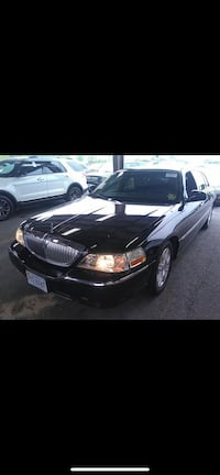 Lincoln - TOWN CAR EXECUTIVE W/LIMOUSINE PKG - 2011 Falls Church, 22041