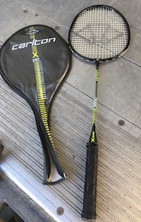 Carlton X5500 Graphite Badminton racquet with case. Needs new grip Mississauga, L5N