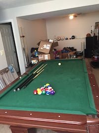 Ping pong/pool table regular size  Elsmere, 41018