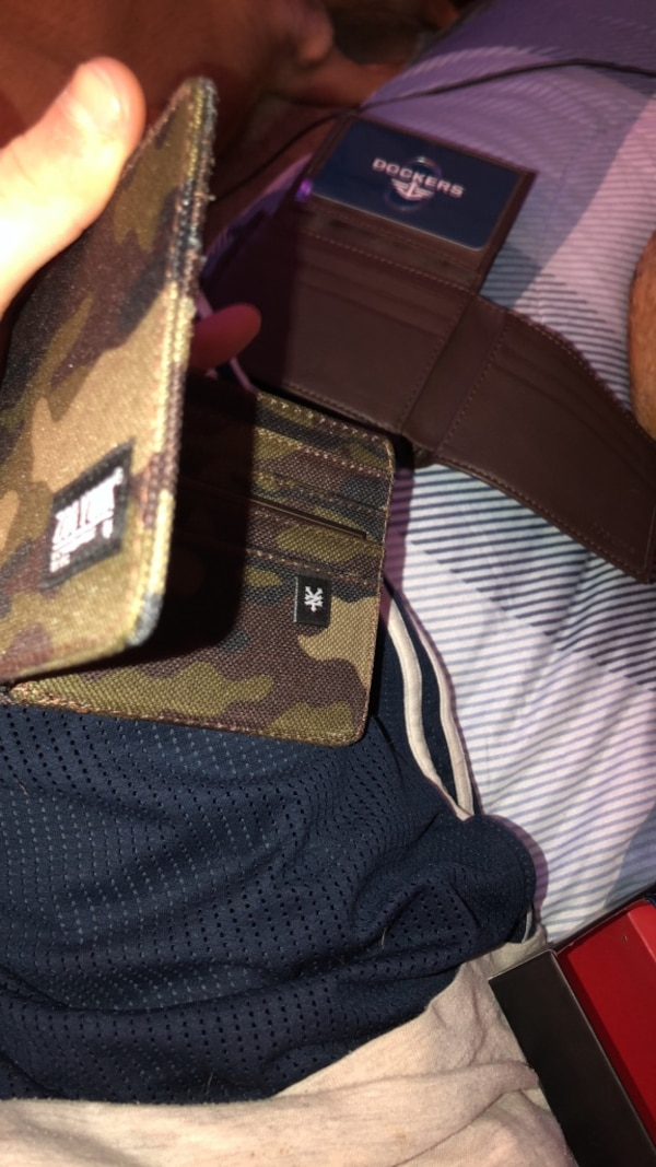 59ba341ff Used Zoo York and dockers wallet brand new for sale in Surrey - letgo
