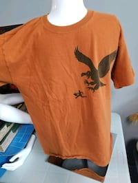 2 men's tshirts  Winnipeg, R2C 0X2