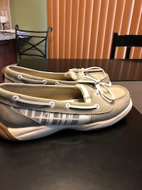 Sperry shoes size 7. Lightly used  York, 17402