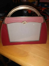 red and pink handbag photo frame Greeley, 80631