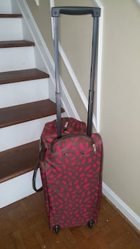 New Ultra Beauty Carry On Luggage  Germantown, 20874
